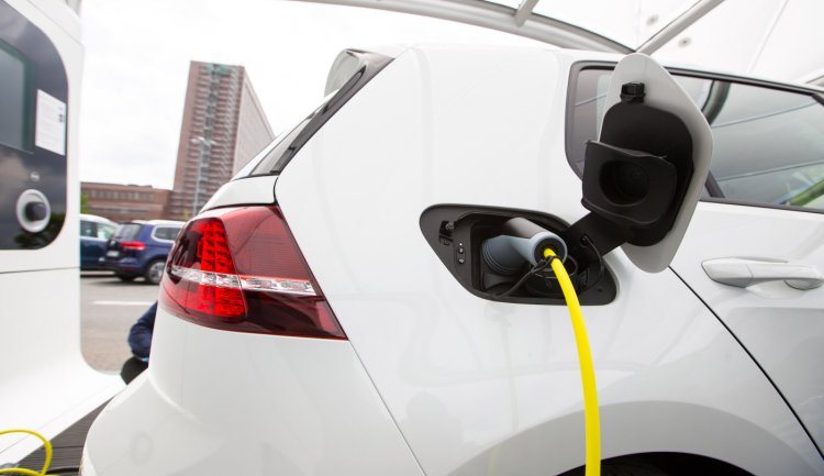 Apple- electric car charging stations