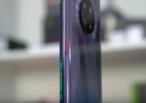 Photo of مراجعة للهاتف Huawei Mate 30 Pro: هاتف قوي حتى بدون جوجل!