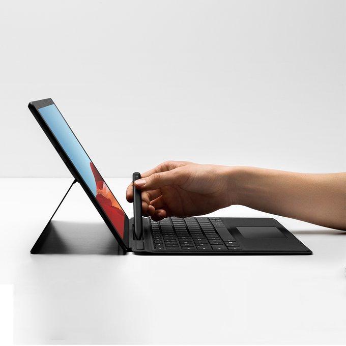 Photo of مايكروسوفت تكشف عن Surface Pro X مع معالج Surface SQ1 من كوالكوم