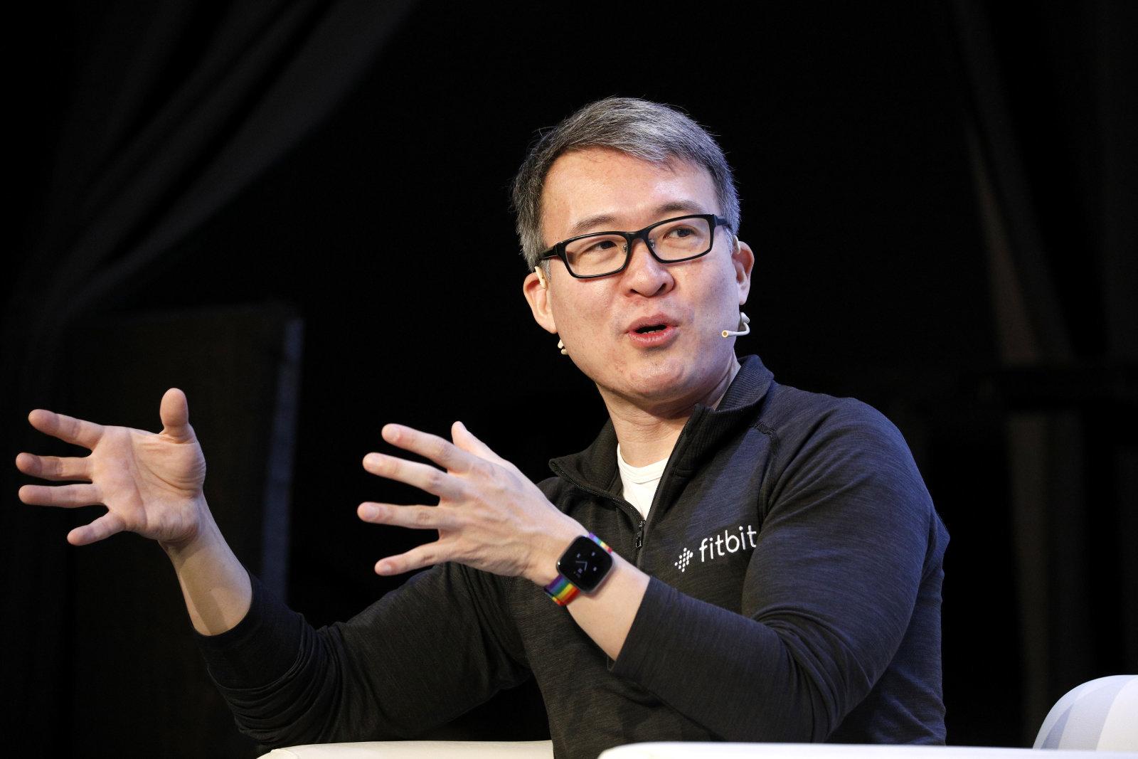Photo of جوجل تستحوذ على Fitbit في صفقة بقيمة 2.1 مليار دولار