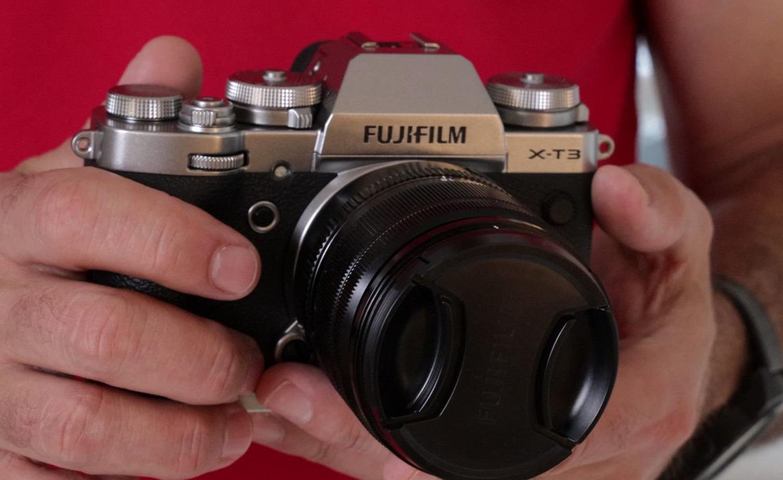Photo of Fujifilm تطلق تحديث لكاميرة X-T3 تقدم من خلاله أدوات تحكم متطورة لمثبت الكاميرة
