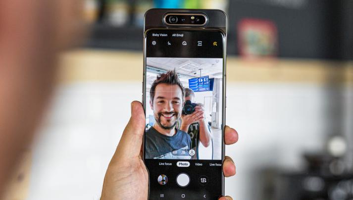 صورة أحدث التسريبات تؤكد على أن هاتف Galaxy A90 لن يأتي بتصميم منزلق للكاميرة