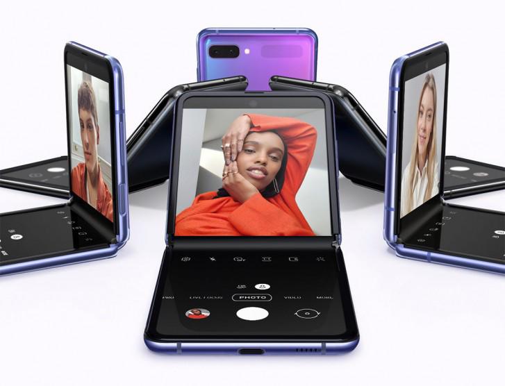 Photo of سامسونج تؤكد على إمكانية تطوير هاتف يدعم الطي الثلاثي