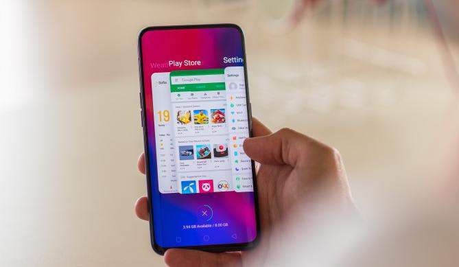 صورة هاتف Oppo Find X قد يكون أول هاتف مزود بذاكرة عشوائية بسعة 10 جيجابايت