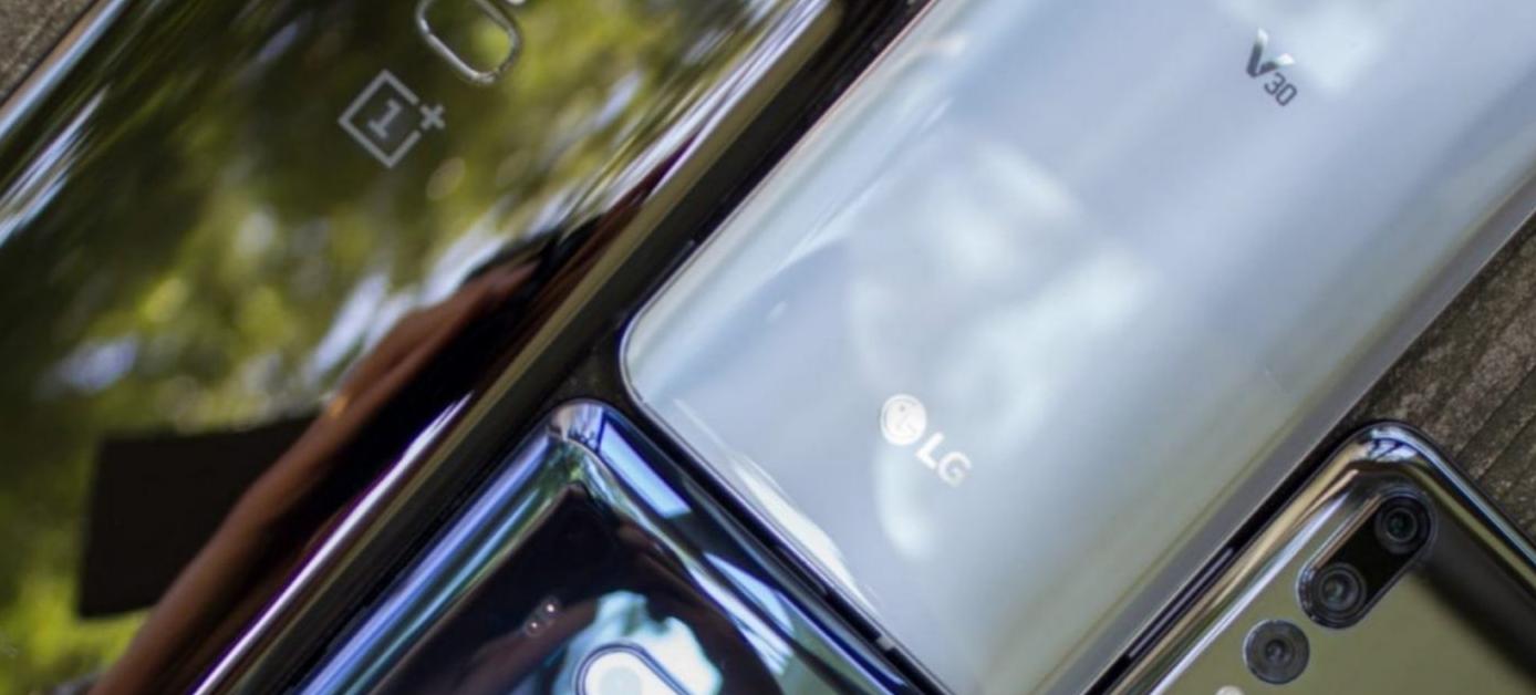 Photo of تقرير GfK يؤكد على إرتفاع مبيعات الهواتف الذكية في 2018 حتى 522 مليار دولار