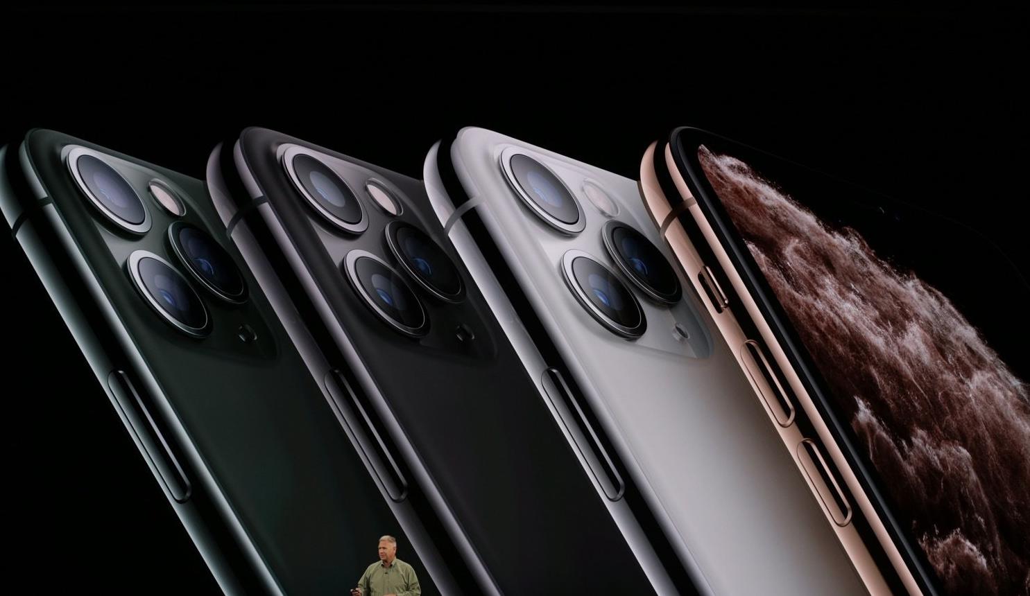 Photo of ابل تعلن عن هواتف iPhone 11 Pro وPro Max بشاشات OLED